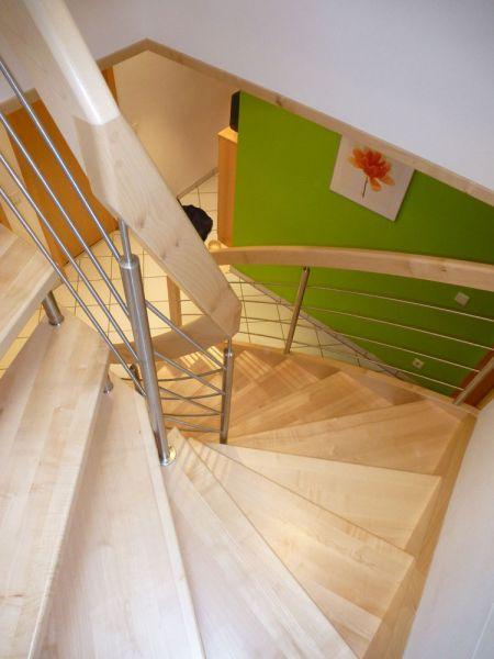 Halbgewendelte Treppe treppenbau holzhaus herrmann holzhaus an und umbau